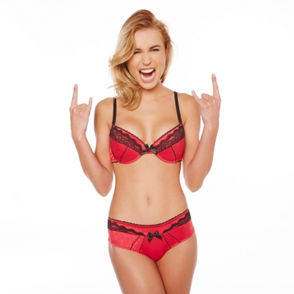 soutien-gorge-push-up-rougenoir-rebelle